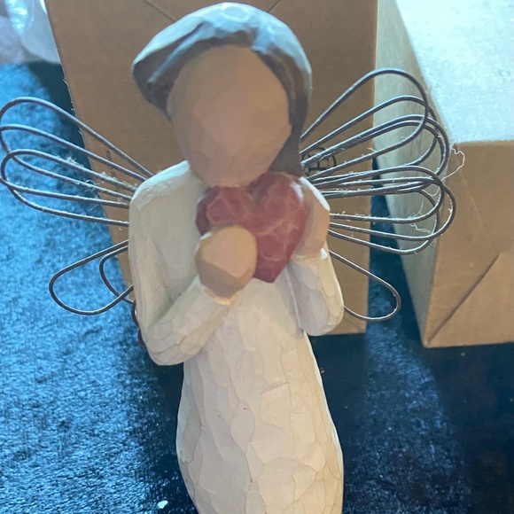 "Willow Tree Heart of the Angel 5"" figurine"
